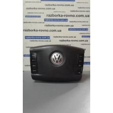 Безопасность airbag Volkswagen Фольксваген Touareg 5.0TDI 2003 водительский 7L68802018P