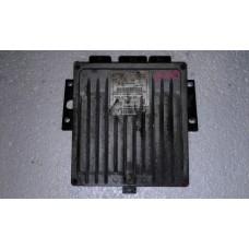 Блок управления двигателем  Renault Рено Kangoo 1.5 dci / Clio III 1.5 DCI 2008-13 8200911560 8200909666