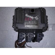 Блок управления двигателем Renault Рено Scenic 2 / Megane 2 1.9 DCI 2002 0281010769  8200184294