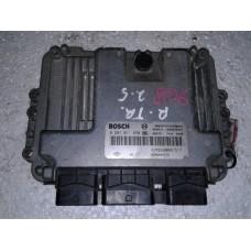 Блок управления двигателем Renault Рено Trafic 2.5 DCI 2000-10 0281011890 8200402578