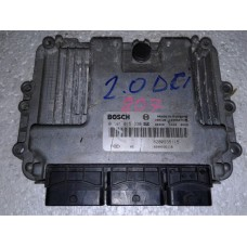 Блок управления двигателем  Renault Рено Trafic 2.0DCI  0281015330 8200935116