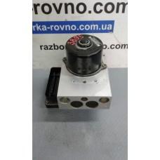 Блок управления ABS АБС Volvo Вольво S60 / S80 / V70 / XC70 / XC90 2002-06 8671224 5WK84002