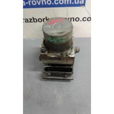 Блок управления ABS АБС Hyundai Хюндай Getz 1.4i 16V 2002-10 0265231357 58910-1C310
