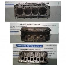 Головка блока цилиндров (ГБЦ) Renault Рено Trafic 1.9TDCI