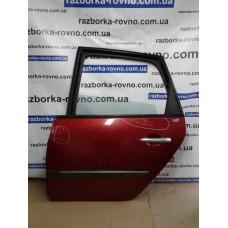 Дверь задняя левая Renault Рено Scenic, Megane 2004 красная