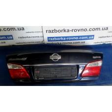 Дверь крышка багажника Nissan Ниссан Maxima 2000-2004 темно-синяя
