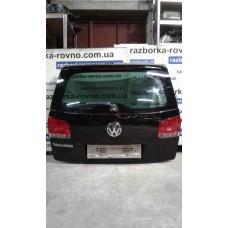 Дверь ляда Volkswagen Фольксваген Touareg  / Porsche Порше Cayenne 2003-2009 черная