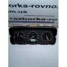 Панель приборов Volkswagen Фольксваген Transporter T4 1.9 TD 1995 6160672104 7DO919850H