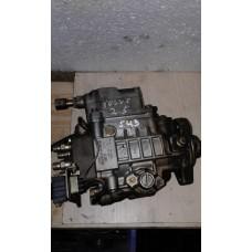 ТНВД топливный насос Volkswagen Фольксвагенг LT-35 / T-4 /  Volvo Вольво V70 1997-00 2.5TDI 0460415990