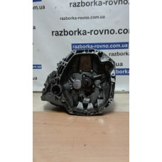 КПП  коробка передач Renault Рено Kangoo, Clio III / Nissan Ниссан 1.5DCI JR5 306 JR5306 8200459672