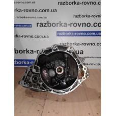КПП  коробка передач Opel Опель Corsa / Astra 1.4 8V F10  90121211