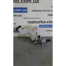 Главный тормозной цилиндр с бачком Kia Киа Sportage 2010-2016 2.0i