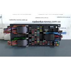 Блок предохранителей Range Rover Рендж Ровер Sport 3.0 TD 2012 CH22-14F041-BE